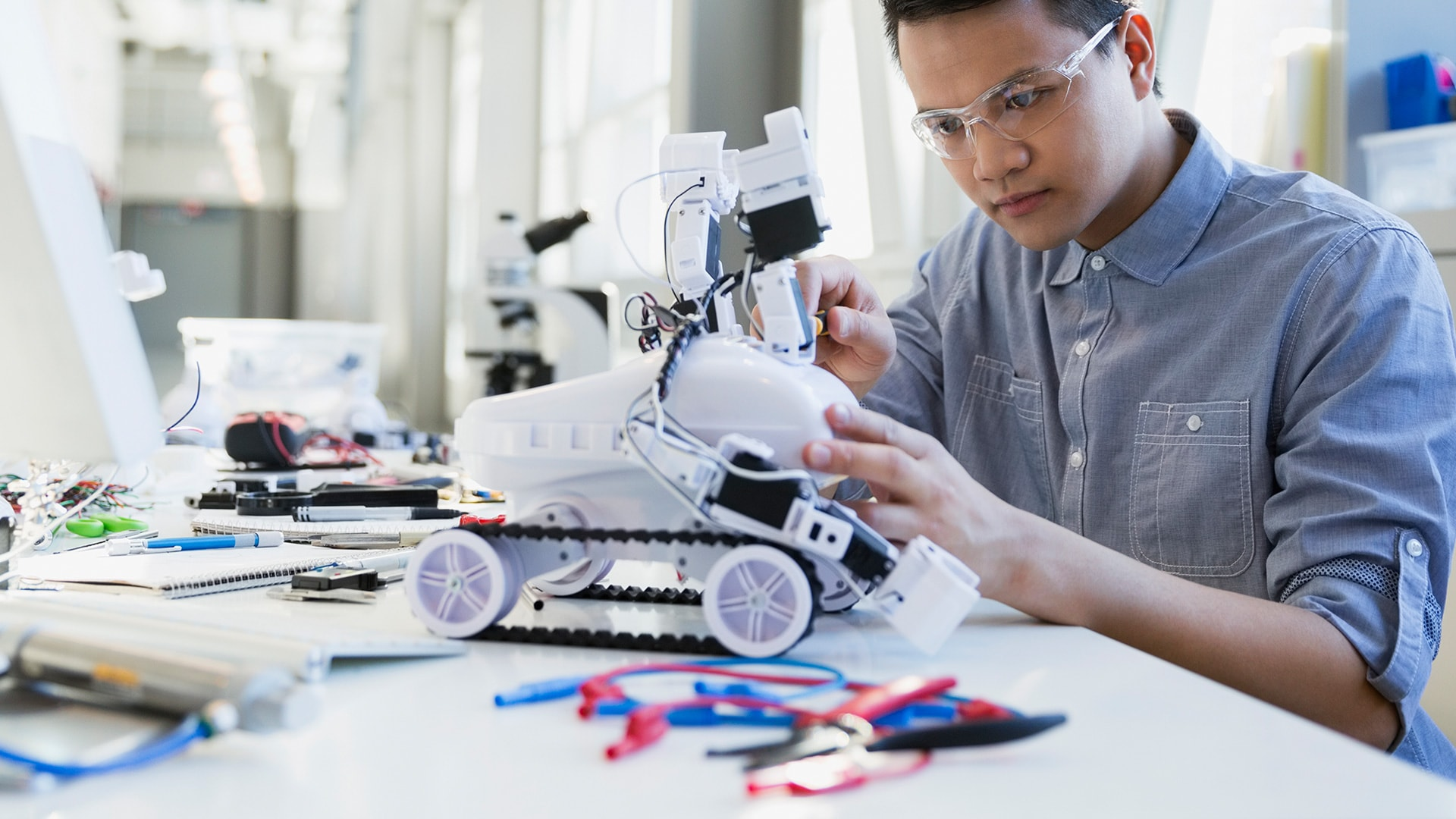 Engineering and construction | PwC Canada