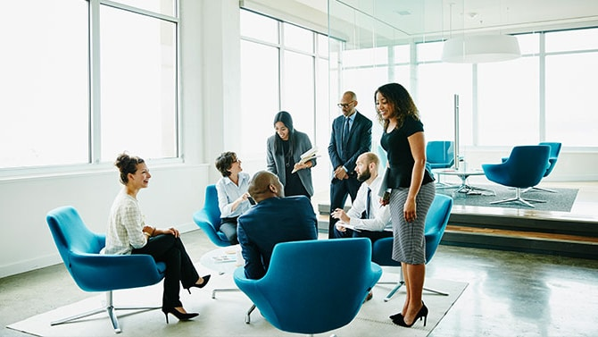 Minimizar los desajustes contables relacionados con los riesgos en empresas aseguradoras